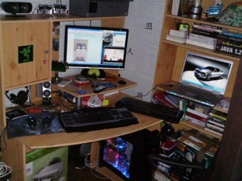 bureau de gamer bureau spécial gamer le monde de léa