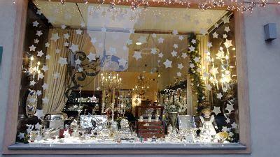 christmas shop window ideas xmas shop window with snow store window display ideas