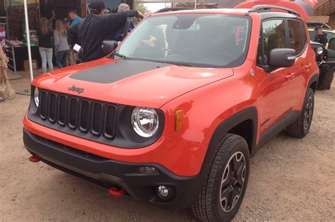 jeep front view 2015 jeep renegade front view 320610 photo 30 trucktrend com