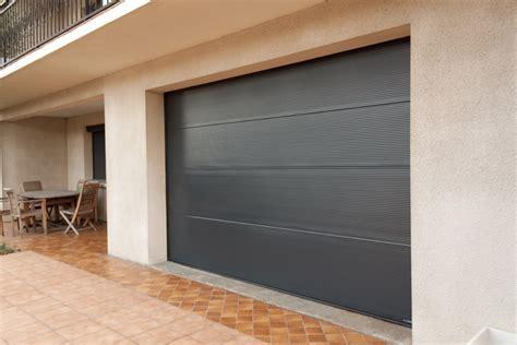 installation d une porte de garage sur mesure 224 sanary sur mer portes usimix