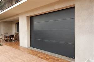 installation d39une porte de garage sur mesure a sanary sur With porte de garage enroulable de plus porte entree