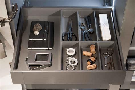 divisori cassetti cucina accessori per cucine componibili infinite possibilit 224