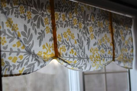 sew valance  table cloth super simple