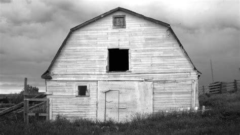 black and white barn black and white barn by fallinup on deviantart