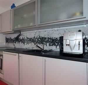 Glas Wandpaneele Küche : k chenr ckwand aus glas als spritzschutz glasprofi24 ~ Markanthonyermac.com Haus und Dekorationen