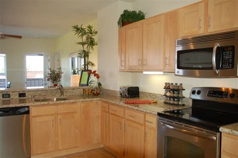 Natural Maple Cabinets with Granite Countertops