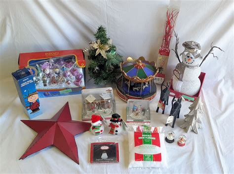 Wholesale Lot Of 20 Assorted Holiday Christmas Decor Items