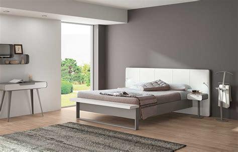 chambre couleur taupe  beige gris deco lin clair blanc
