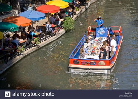 San Antonio River Boat Dinner by San Antonio Riverwalk River Side Restaurant With San