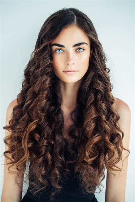 Tight Curls Hairstyles by Curly Hairstyles For Hair 19 Kinds Of Curls To Consider
