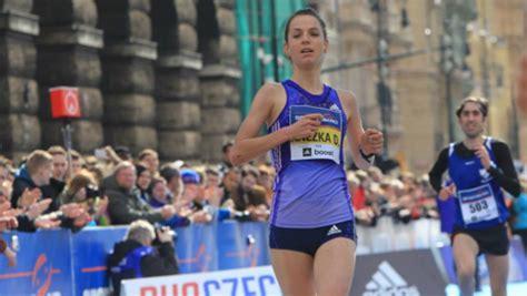 maratona  praga  km volkswagen prague marathon