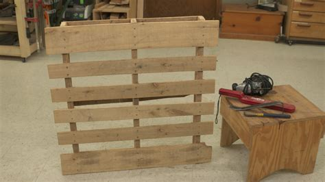 working  pallet wood woodworkers guild  america