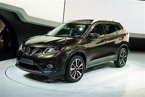 """รถแบบ 2014 Nissan X-Trail/Rogue ถูกแต่งโดยทาง """"Nismo"""" รถ"""