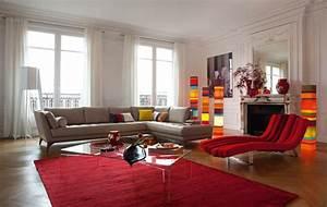 wohnzimmer couch mit anderen sitzgelegenheiten kombinieren With balkon teppich mit tapeten farben wohnzimmer