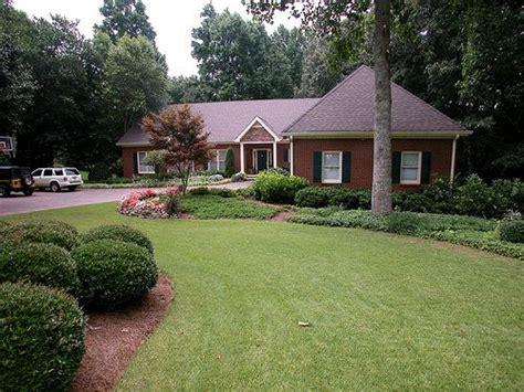fresh ranch home exteriors what a fresh coat of paint will do coats colors and