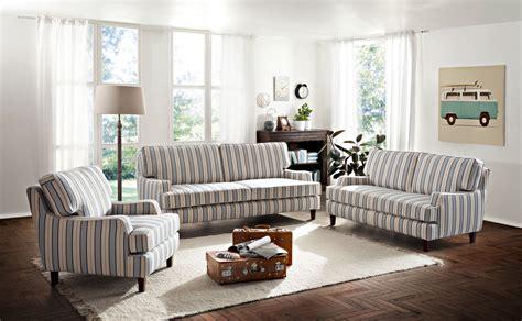 Englische Polstermöbel Landhausstil by Polsterm 246 Bel Im Landhausstil Home Ideen