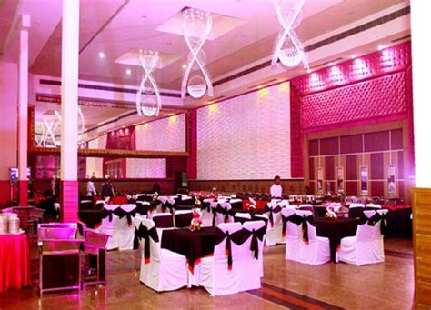 party palace lawrence road industrial area delhi