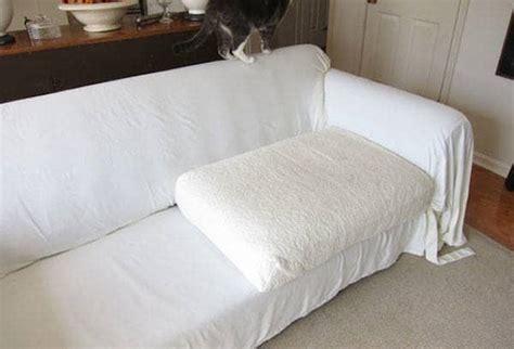 protection pour canapé 12 façons de réutiliser vos vieux draps de lit