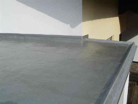 Flachdachsanierung Abdichtung Flachdach Abdichten Dach M+t