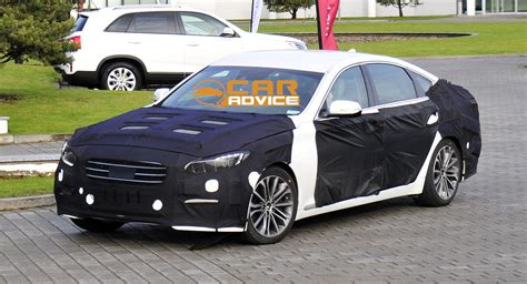 hyundai genesis v8 sedan the cards for oz photos caradvice