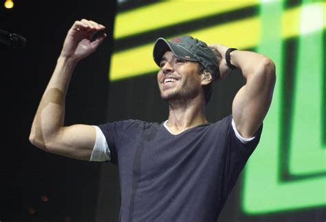How Old Is Enrique Iglesias