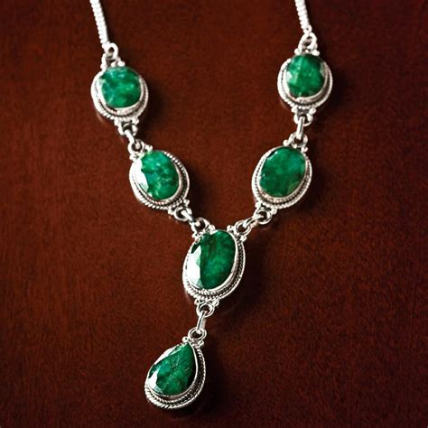 Carnaval Emerald Necklace 17887