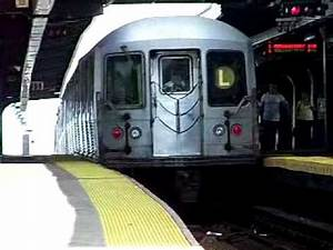 Train à L Arrivée : mta nyct r42 l train departing broadway junction youtube ~ Medecine-chirurgie-esthetiques.com Avis de Voitures