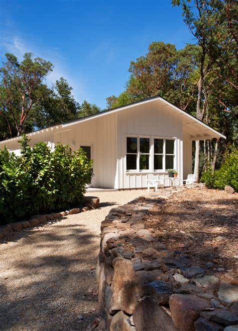 Ranch Style House Plan  Beds  Baths  Sqft Plan