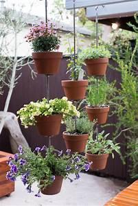 turn your clay pots into a vertical garden our 39dark rye With katzennetz balkon mit plug and plant vertical garden