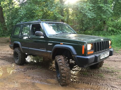 manual jeep cherokee jeep cherokee 2 5 td manual xj 4x4 off road green laning