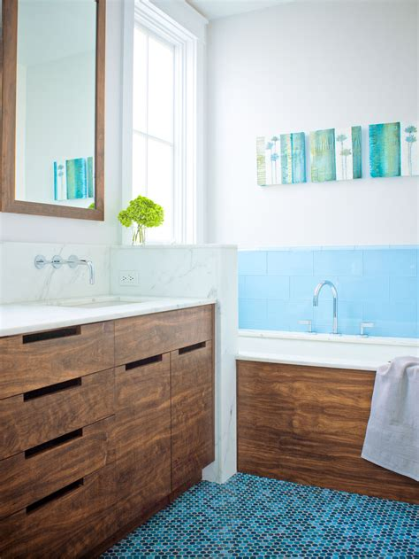 Create a Green Bathroom Sunset Magazine