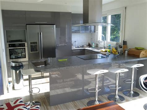 cuisine design le havre cuisine en u laquée gris brillant cuisiniste dieppe