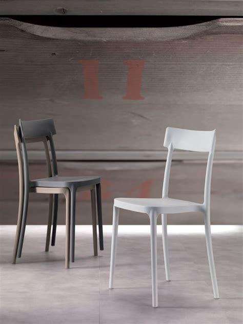 chaise design contemporain les 111 meilleures images du tableau fauteuils chaises