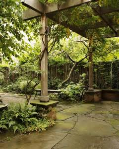courtyard designs 26 beautiful townhouse courtyard garden designs digsdigs