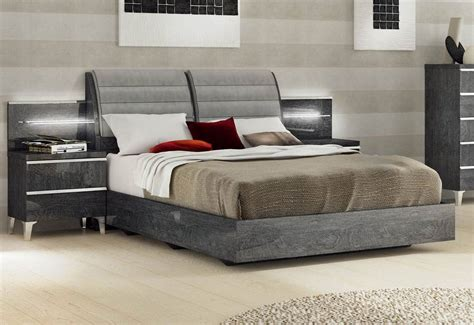 Made In Italy Leather Platform Bedroom Sets With Extra
