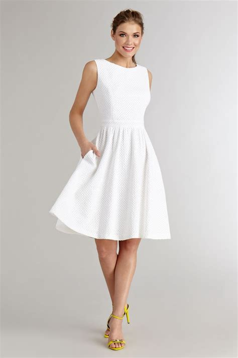 white dresses accessorizing you white dress with class