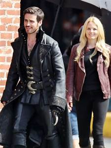 Colin O'Donoghue, Jennifer Morrison And Georgina Haig ...