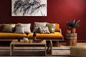 Wand Richtig Streichen : rote w nde gestalten 7 tipps von nicht gleich rot sehen wandfarbe w nde und roten w nde ~ Eleganceandgraceweddings.com Haus und Dekorationen