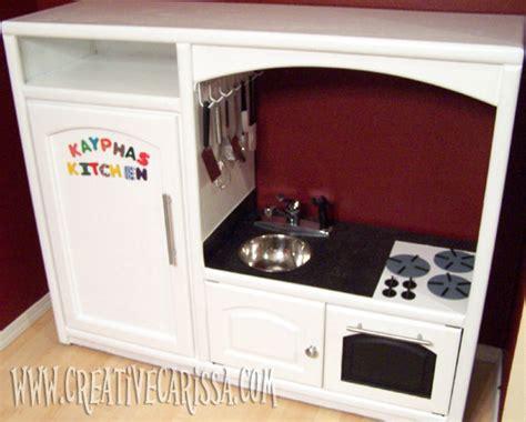 transformer une table de cuisine 28 objets du quotidien à transformer pour vos enfants