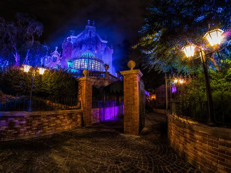 haunted mansion themed restaurant to possibly open in