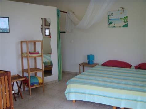 chambre guadeloupe bungalow liane et adam deshaies guadeloupe bord de mer