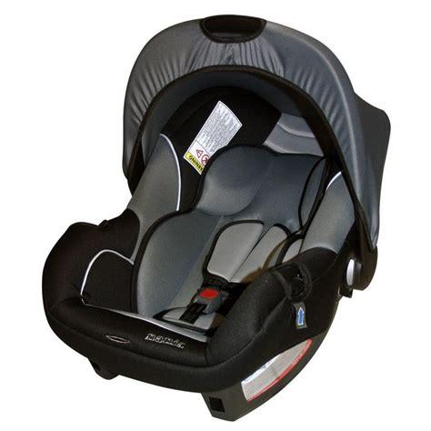quel siège auto à moins de 200 pour sortir de la maternité avec bébé neufmois fr