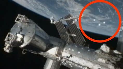 Best UFO evidence EVER - SHOCKING NASA TRIPLE UFO fly by ...