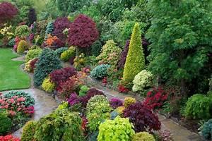 Drelis Gardens: Four Seasons Garden