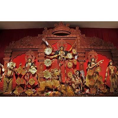 Durga Puja Pandal Hopping in Noida - Diary