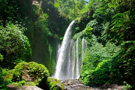 waterfalls  indonesia  considerably