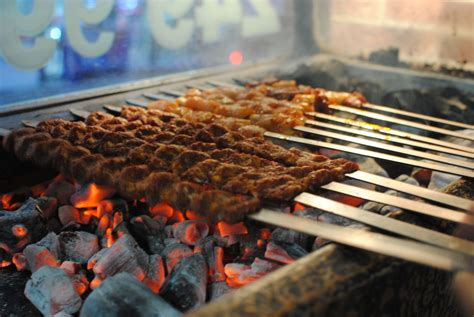Istanbul Street Food, What To Expect When Eating In Turkey