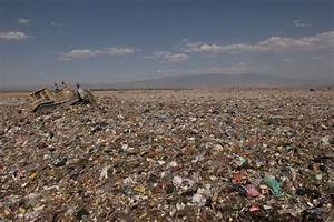 Top 10 Biggest Garbage Dumps in the World - Exploredia