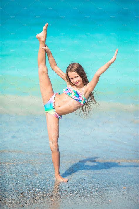 active  girl  beach    adorable