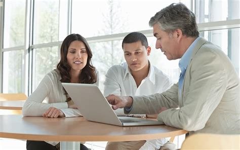 If you have a specific job and you do not pay class 2 national insurance through self assessment, you need to contact hmrc to arrange a voluntary payment. Reasons Why Insurance Companies Work with Brokers